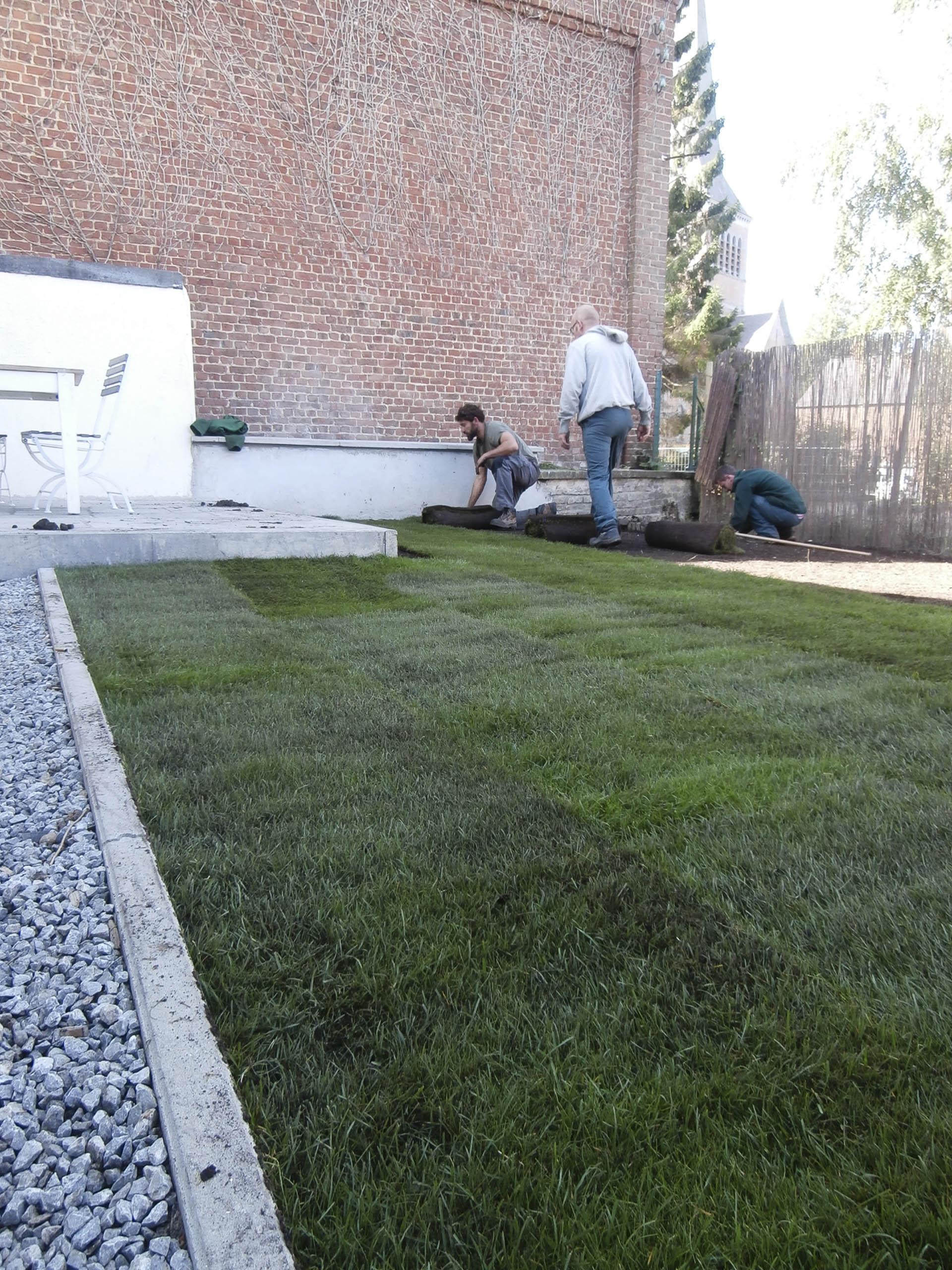 Espaces verts l 39 essor asbl entreprise de formation par for Travail espace vert
